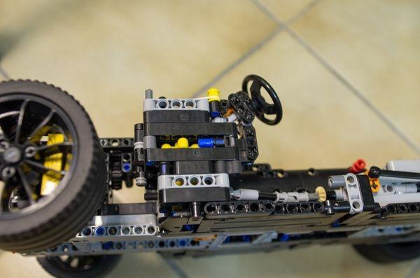 Porsche_GearBox.jpg